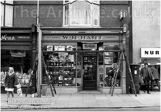 V96 W R Hart Photography High Street Lye
